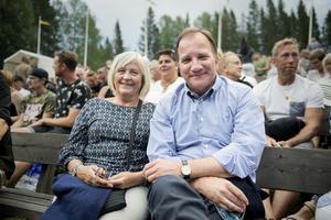 Ulla och Stefan Löfven såg fram emot kvällen.