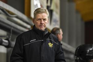 AIK Härnösands tränare Peter Gradin.