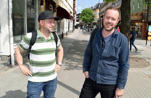 LO-fackens ordförande Jussi Nieminen och arbetarekommunens vice ordförande Erik Nises utmanar kommunalrådet Jan Bohman (S) politiskt.