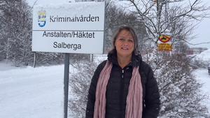 Agneta Kumlin reagerade starkt när hon fick höra vad polisområdeschef Robert Wallén ansåg om att det nya häktet nu placeras i Sala och inte i Västerås. Själv hyllar hon beslutet.