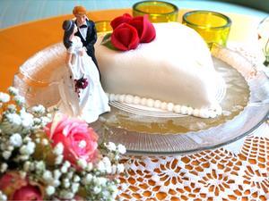 En egen liten tårta bjöd Svenska kyrkan på efteråt. Foto: Privat