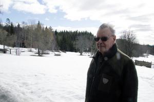 På tisdagsmorgonen började mullra kraftigt hemma hos Nils-Erik Jansson och det visade sig vara ett jordskalv med centrum bara några kilometer från hans hus i Laxtjärn.