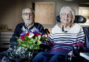 Bengt-Erik och Svea Vilhelmsson har levt ett innehållsrikt och aktivt liv tillsammans. I augusti respektive november fyller de 96 år vardera.