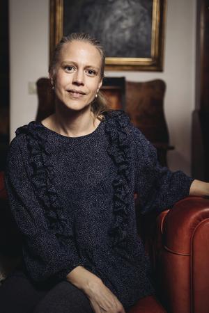 Anna Rydne är aktuell med boken