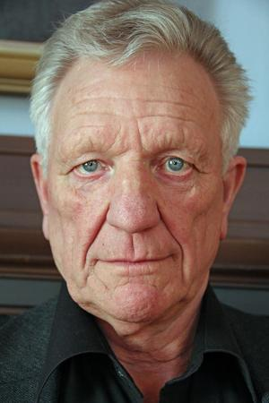 – Bävade vi för nödslakt 2018 så är risken stor att vi får börja slakta redan nu, säger Olle Persson
