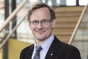 Mittuniversitets rektor Anders Fällström konstaterar att det är allvarligt att hans lärosäte saknar ett fungerande system för informationsskydd, vilket avslöjas i en till stora delar hemligstämplad rapport från PwC.