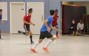 Matchen bjöd på stor underhållning från första stund med jämnt spel från lagen.