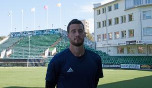 Sebastian Usai spelar till vardags i Friska Viljor men tränar med GIF Sundsvall två gånger under veckan.