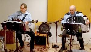 Arvid Södergren (till vänster) och Arne Palmqvist spelade på högtidsmötet. Foto: Thomas Stensson