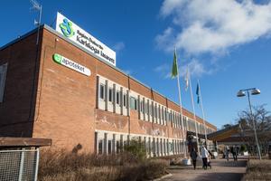Det finns politiskt beslut på att förlossningsavdelningen på Karlskoga lasarett ska öppnas igen.