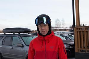 – Vi åker mycket skidor så det är alltid trevligt när det är dags, säger Lars Eriksson, från Sandviken, om årets utförspremiär.