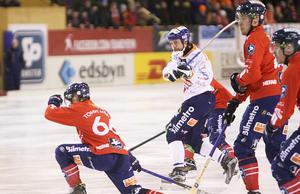 Per Hellmyrs tände Bollnäs hopp med sin 2–4-reducering i 72:a minuten.