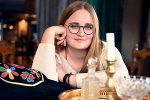 Hanna Nygren inne på Älvdalens hotell berättade om sina planer framåt.