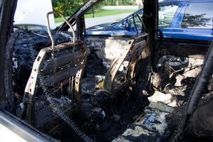 Bilen på Bessemergatan totalförstördes.