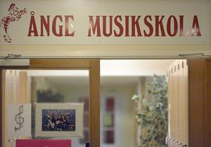 Ånge musikskola blir gratis för alla elever under debutåret, och man kommer också göra en satsning på drama och kör under ett års tid.