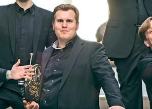 Johan Innab Tiger, Ångebördig valthornist i John Bauer Brass. Bild: Lars Kroon