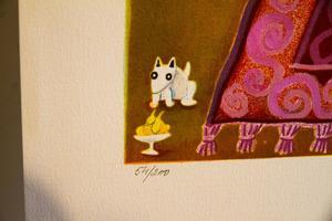 En liten hund nere i hörnet föreställer Marion själv. Denna lilla hund är med på flera verk där hon betraktar livet.