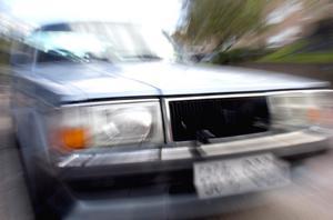 Polisen har åkt flera gånger ut till Bjursås på grund av buskörning med epa-traktorer.