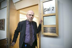 Lars-Erik Bergström, lagman vid Falu tingsrätt, säger att domstolarna nu får fler verktyg att genomföra sammanträden under ordnade former.