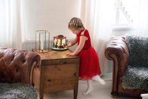 Den gamla speldosan trollbinder minstingen Astrid.