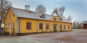 Herrgårdsbyggnaden som är från sent 1600-tal. Foto: Ebbe Wengenroth/Husfoto