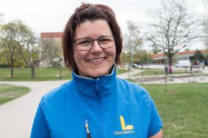 Liane Blom som röstade för förslaget att avskaffa barnomsorg kvällstid hade hellre sett att kommunen prioriterade för minskade barngrupper.