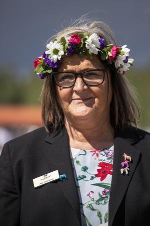 Åsa Holmberg tycker att trav på midsommar är en tradition.