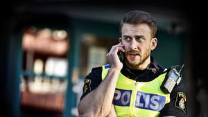 Johan Thalberg, polisens presstalesperson i Västmanland, säger att det var de boende själva som larmade polisen.