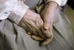 Oron växer över lurendrejare som tar sig in hos äldre. I lördags gick en