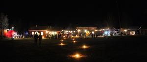 Julkväll på Hede hembygdsgård med Hedelucian och många härliga försäljare
