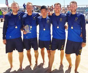 Veteranerna från Viksjöfors som bidrog till EM-guldet på beachen i Portugal, Från vänster; Erik Dahlberg, Johan Leandersson, Tomas Eriksson, Stefan Johansson, Anders Dahlberg.