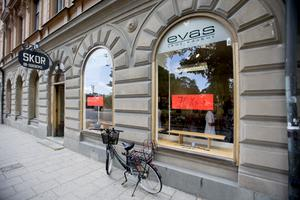 Sedan 1941 har butiken Evas skor legat på Storgatan 19 i centrala Södertälje. Företaget startades redan 1910.