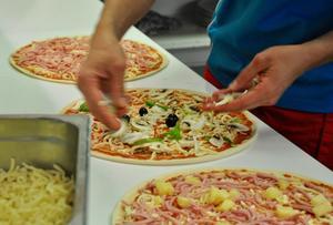 En ny pizzeria blir det också på den nya listan.