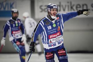 Jocke Andersson är ett explosivt nyförvärv i Villa Lidköping – hemma mot Edsbyn satte han dit första målet redan efter 37 sekunder.