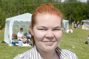 Elsa Grödén, 21, vårdbiträde, Ånge: