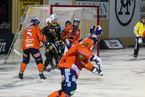Bollnäs skapade flest chanser och Broberg kom aldrig upp till at bli något hot i säsongens första hälsingederby.,