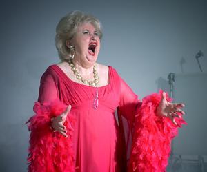 Dramatiska sopranen Siv Wennberg har  fyllt 70 men sjunger fortfarande, inte minst i hembygdens Sundsvall. Bild: Ellinor Hallin