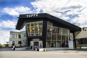 Fastighetsägaren är inte orolig över att Karlssons lämnar Tuppz-huset, då det redan pågår mycket satsningar med verksamheterna i huset.