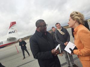 Denis Mukwege och landshövding Maria Larsson.
