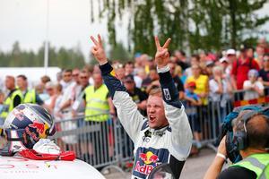 Mattias Ekström tog hem andra raka segern i Barcelona. Bild: EKS/McKlein
