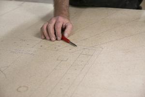 Efter flera år som trappmakare kan Micke Westrin numera se ritningarna tredimensionellt.