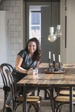 Energiknippet Marit stortrivs med att driva eget företag och kunna jobba hemifrån.