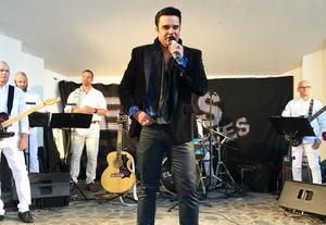 Henrik Åberg är en av de som står för musikunderhållningen under årets Elvisdagar i Norberg. Foto: Anna Thorell