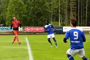Härnösands FF bjöd hemmalaget Ytterhogdahls IK på två självmål.