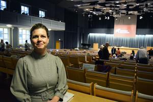 Regionråd Sofia Jarl (C) tror att startbidrag för nya vårdcentraler kan ge glesbygd bättre vård.
