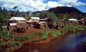 Samoaöarna ligger i Stilla havet i närheten av Fiji i Oceanien. En av många öar som de besökte.