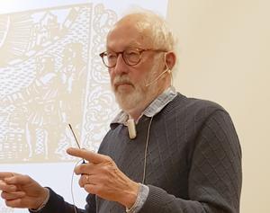 Ove Hemmendorff berättade om Frösöns historia. Foto: Christer Lilliehöök