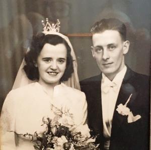 Marianne och Jean Edin uppklädda för bröllop.