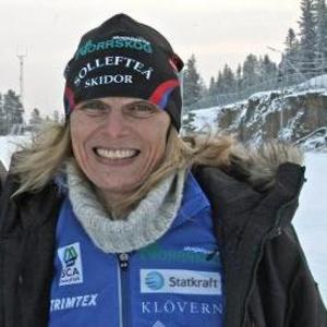 Mia Karlsson berättar saker som gjort att hennes dotter Frida åker skidor så fort i vinter.