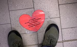 Nu i coronatider uppmanas vi att hålla distans till  våra med människor.  Foto Janerik Henriksson / TT